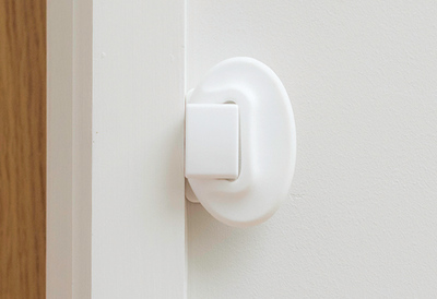 Fred_Home_Safety_Door_Slam_Stopper_Fitting_Step_eight.jpg