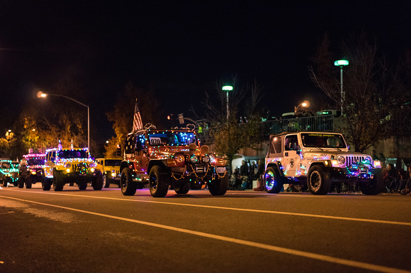 Light_Parade_2015-08323.jpg