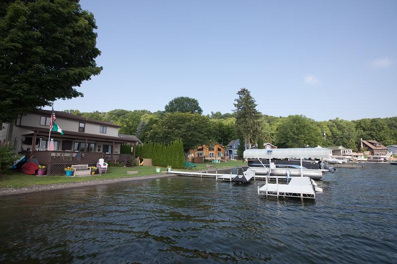 Boat1074.jpg