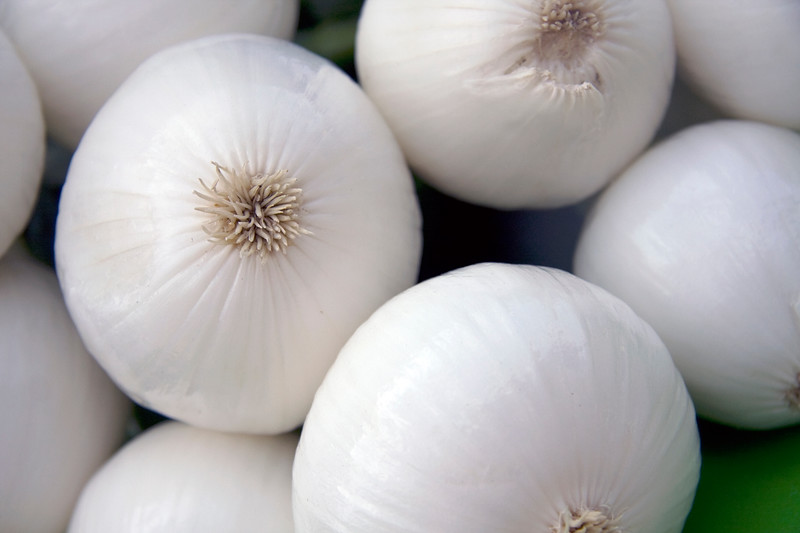 white-onions-at-jean-talon-market_3869288428_o.jpg