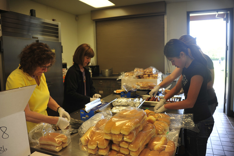 Lunch Crew - Photo by Dawn Cox