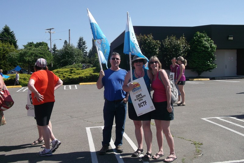 CUPE 439 BCTF rally Courtenay_1.jpg