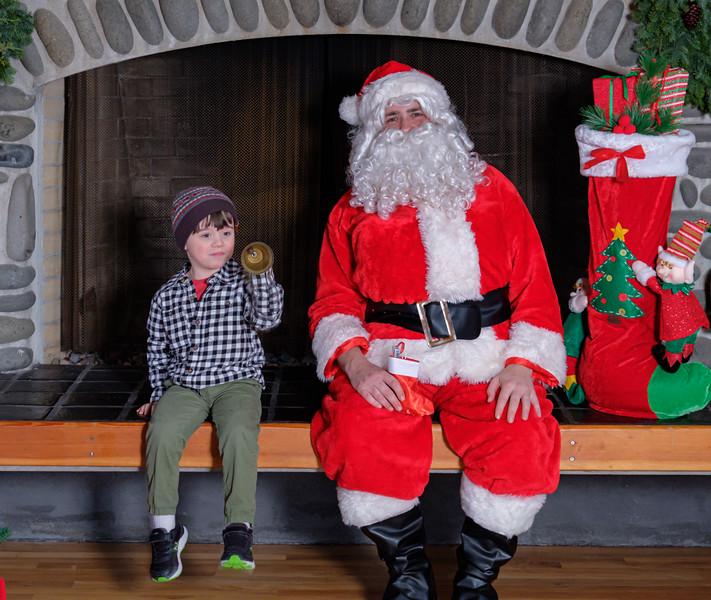 CB Santa 2019-7814.jpg