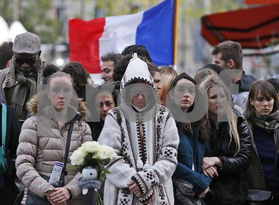the-latest-on-paris-attacks-belgian-prosecutors-free-5-charge-2-with-terror