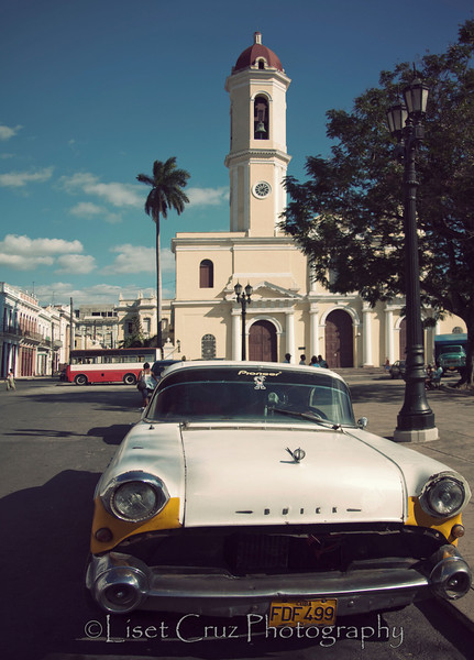 Vintage car with Cathedral.