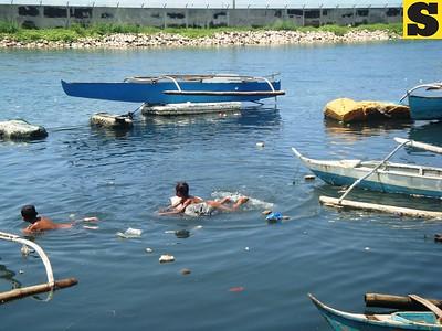 Badjaos in Barangay Mambaling
