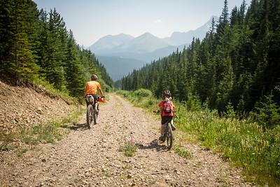 2017-07 Elbow Loop Bikepack Canada family trip