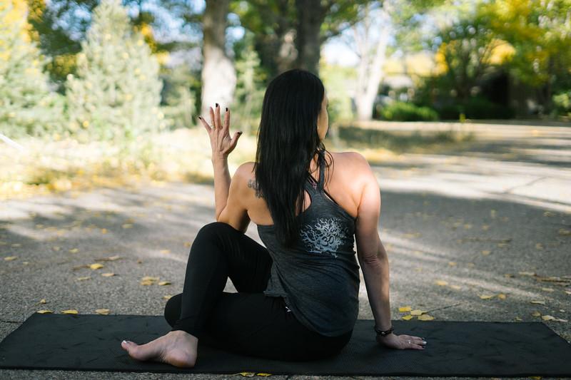 Toni Kuhn Yoga Photography Pine Mountain Club-71.jpg