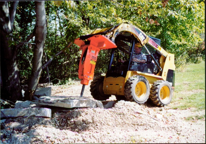 NPK E203 hydraulic hammer on Cat skid steer at NPKCE (4).JPG