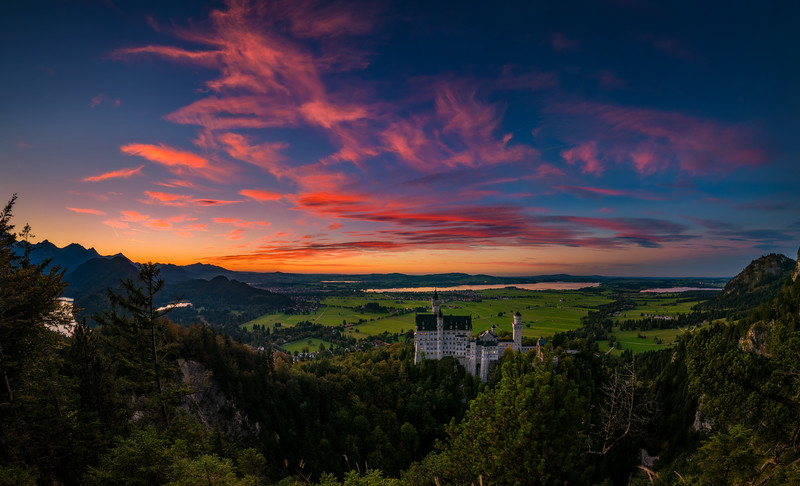 neuschwanstein-castle-sunset-panorama-crop-germany-bavaria-bricker.jpg