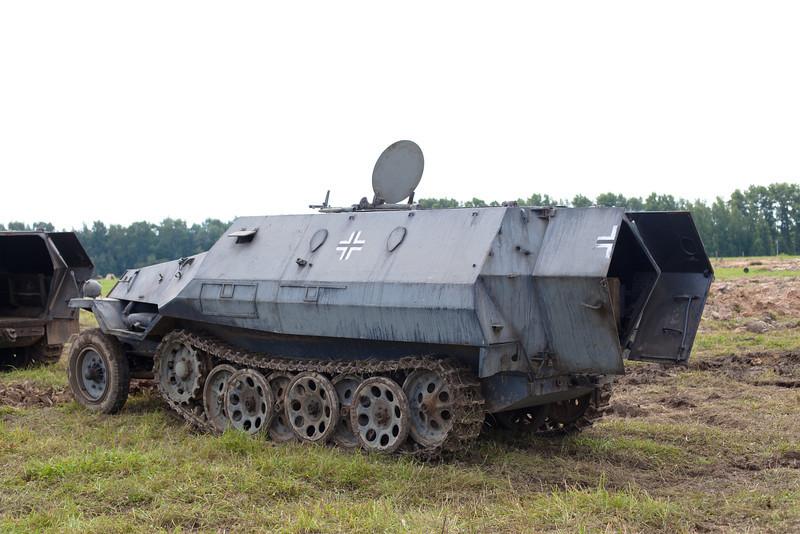 militaryjul13-08.jpg