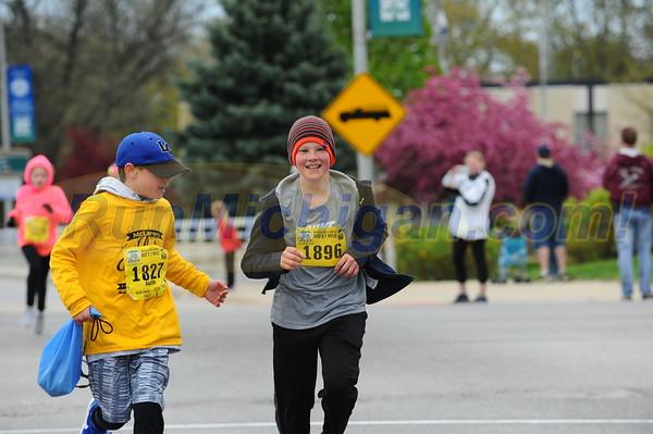 Mile Run Finish - 2017 Let's Move Festival of Races