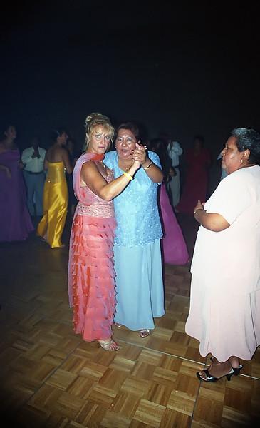 Wedding026adj.jpg