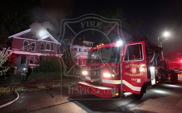 Detroit, MI - Box Alarm - September 21, 2015 - 642 Gladstone