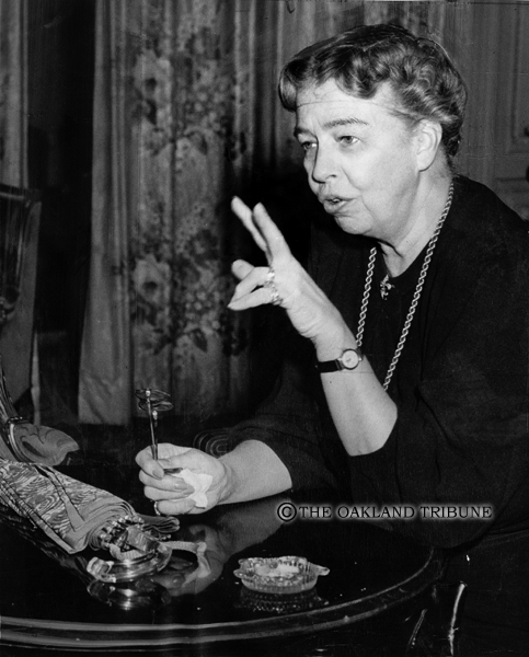 . Oakland, CA March 10, 1947 - Mrs. Eleanor Roosevelt, First Lady, shares advice. (Oakland Tribune Staff Archives)