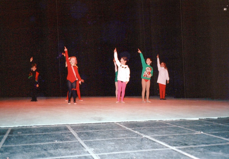 Dance_2553_a.jpg