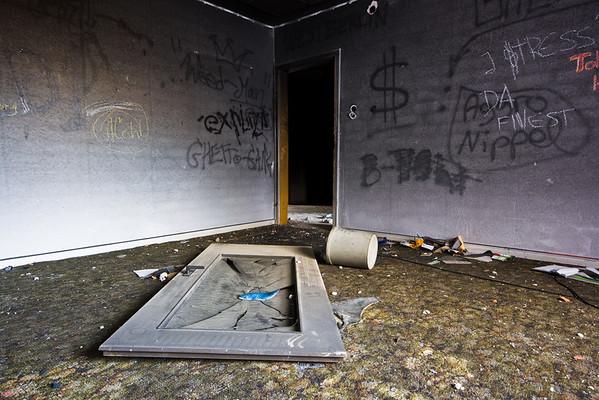 071125 moderne Ruinen