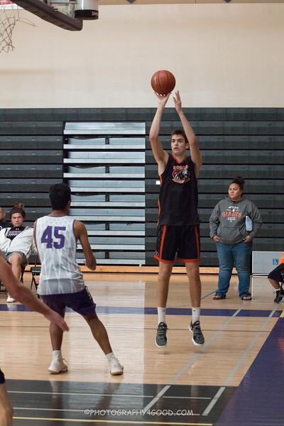 Varsity Boys 2017-8 (WM) Basketball-6888.jpg