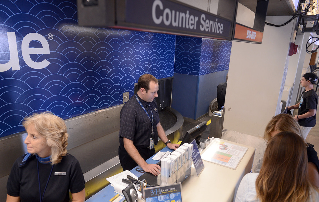 . JetBlue counter service at the Long Beach Airport August 6, 2013. (Thomas R. Cordova/Staff Photographer)