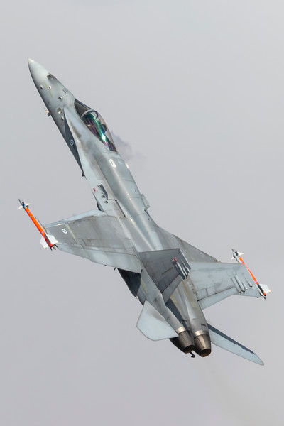 HN-411-McDonnellDouglasFA-18C-FinnishAirForce-FFD-EGVA-2015-07-18-_W4A8090-DanishAviationPhoto.jpg