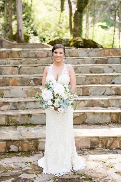 daras-garden-knoxville-wedding.jpg