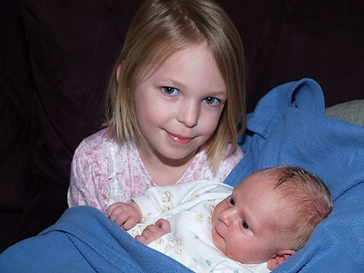 Siblings 2004-02