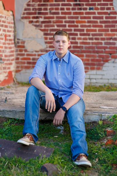 Senior Tyler A. 2017 (13).jpg