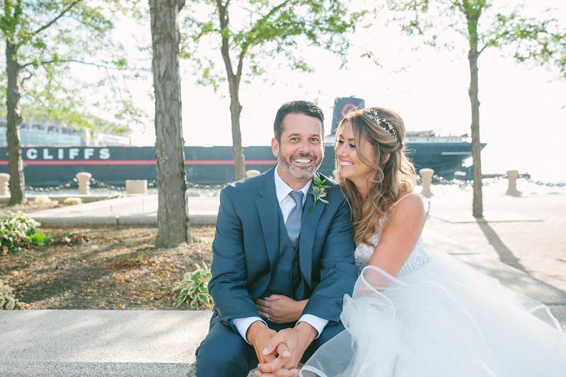 00256 Cleveland Wedding Photographer.jpg