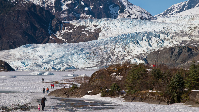 Juneau walkers brave the ice.