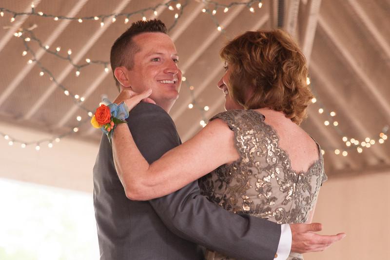 bap_schwarb-wedding_20140906154118_DSC2717