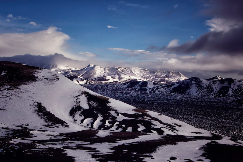 icelandmountain.jpg
