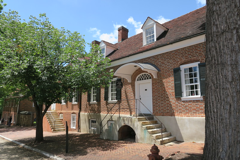 Salem Academy & College Office Building (ca. 1810)