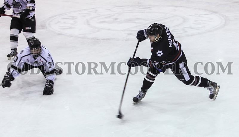 Huskies vs. Knights - Photo 24 Cody Storm Cooper Photography 2014. All rights reserved.