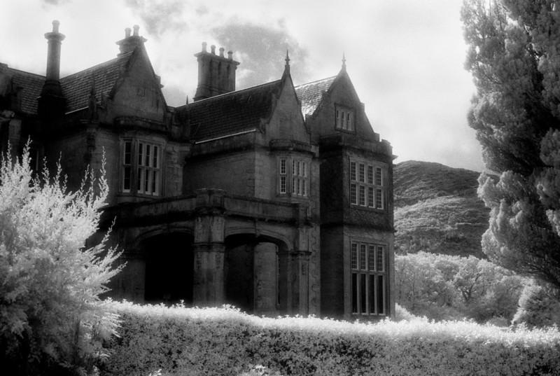 Mansion 12x18.jpg