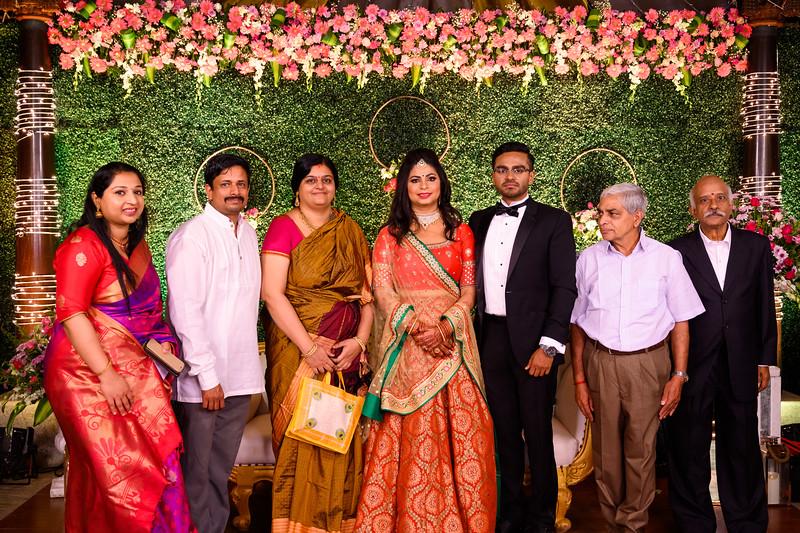 2019-12-Ganesh+Supriya-5022.jpg
