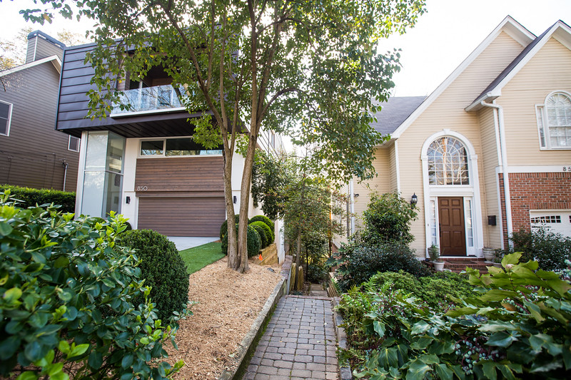 Vedado Way in Midtown is a mix of single family homes, apartments and a few modern architecture newer homes.  The eclectic street is full of camelia bushes and quirky spots.  (Jenni Girtman/ Atlanta Event Photography)