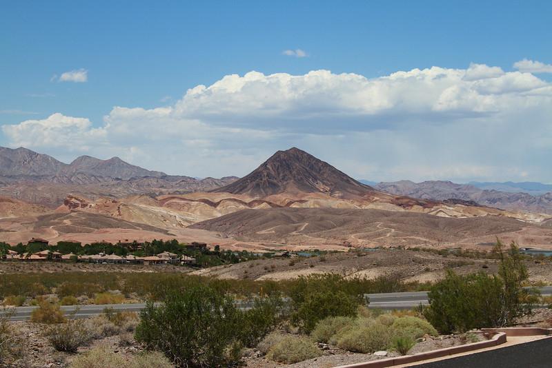 RTF15_9055-NevadaDesertlakemeade.jpg