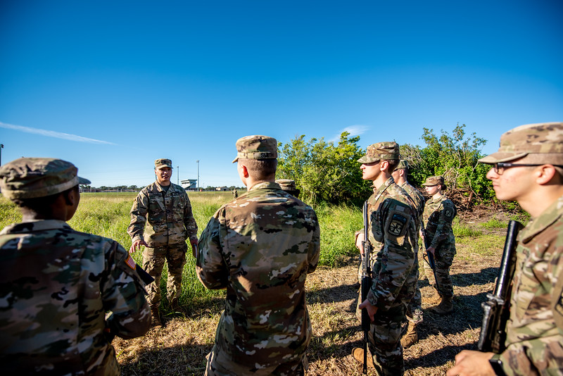 2018_1102-ROTC-Drills-9309.jpg