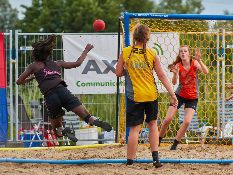 Molecaten NK Beach Handball 2017 dag 1 img 497.jpg