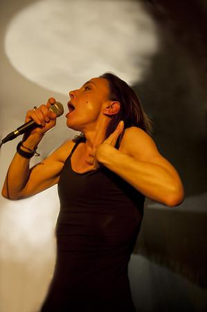 17 avril 2015 - Valérie Mischler chante Dimey au Maquis de Vareilles