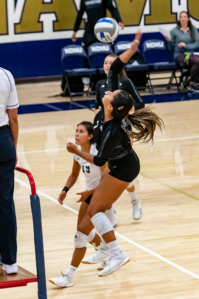 HPU vs NDNU Volleyball-71892.jpg