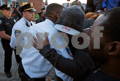 mans-death-from-spinal-injury-after-arrest-exposes-tensions-in-baltimore