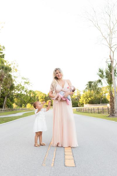 Motherhood Session-129.jpg
