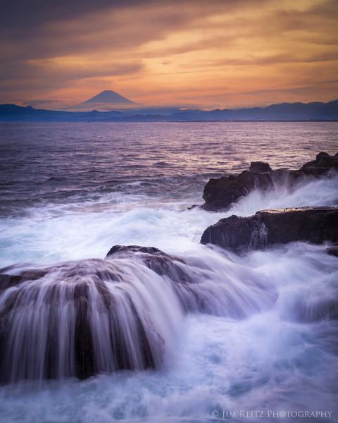 Fuji Waves