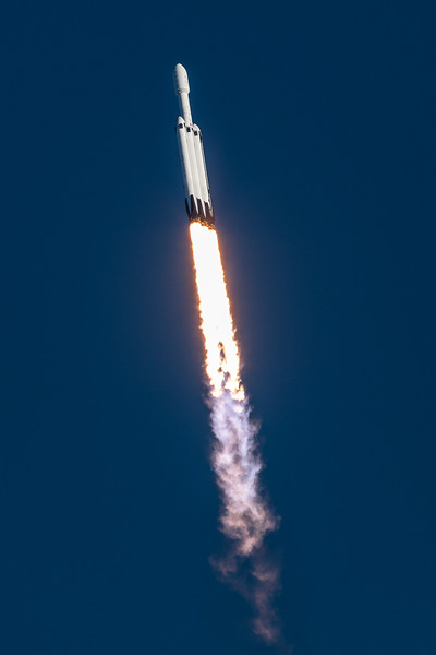 WS-Falcon Heavy Arabsat-1467.jpg