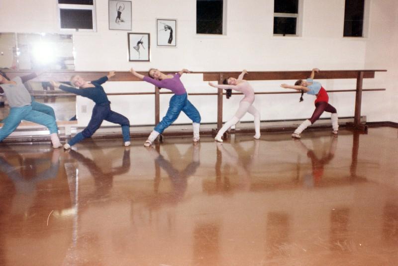 Dance_2687_a.jpg