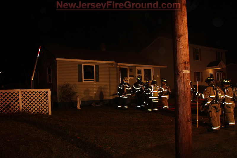 1-6-2015(Camden County)LINDENWOLD BORO  421 6th Ave Dwelling Fire