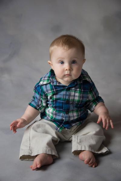 baby james 6 months-1.jpg