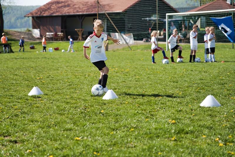 hsv-fussballschule---wochendendcamp-hannm-am-22-und-23042019-w-7_47677903582_o.jpg