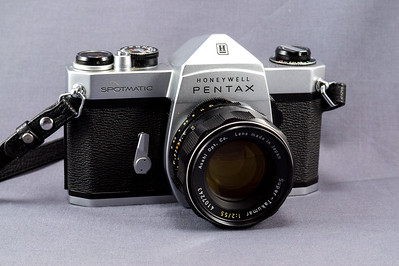 Pentax Spotmatic, 1964